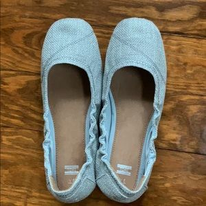 New In Box Toms Ballet Flats